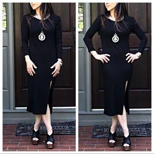 Dresses & Skirts - Black side slit midi dress